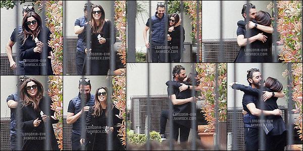 * 03/04/16 : Eva  a été aperçu en compagnie de son fiancé  en      amoureux      dans les rues de   Madrid - en Espagne.   Eva rajonne de bonheur et Jose semble vraiment être l'homme qu'il lui faut. Ce couple est vraiment mignon, ils sont très beau - un TOP    ! *