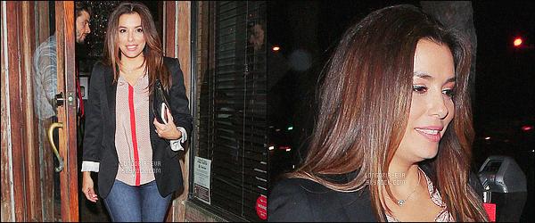 * 28/04/16 : Eva  était présente pour la promo du livre de Cris Abrego     Make It Reality    situé dans   Los Angeles.   Eva était avec son amie America Ferrera pour l'événement. Sa tenue est très jolie et elle semble y prendre beaucoup de plaisir -  un  TOP    ! *