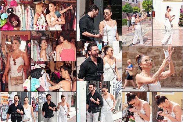* 18/07/16 : Eva a été aperçu en train de faire du tourisme et du  shopping avec son compagnon dans - Marbella.   Eva portait une très jolie tenue d'été blanche qui est très sympa et qui est juste parfaite sur elle comme souvent - c'est donc un jolie TOP     *