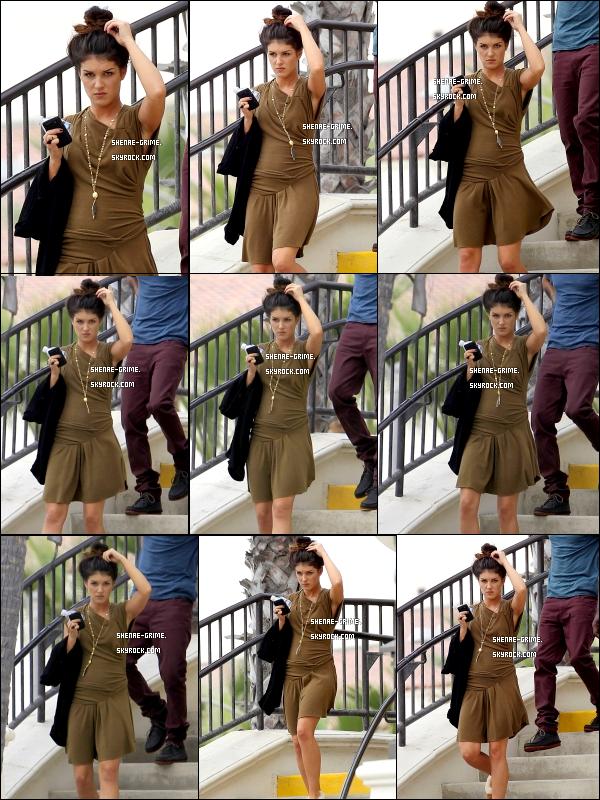 .   08/09/10 : Shenae a été vue sur le tournage de 90210 ..