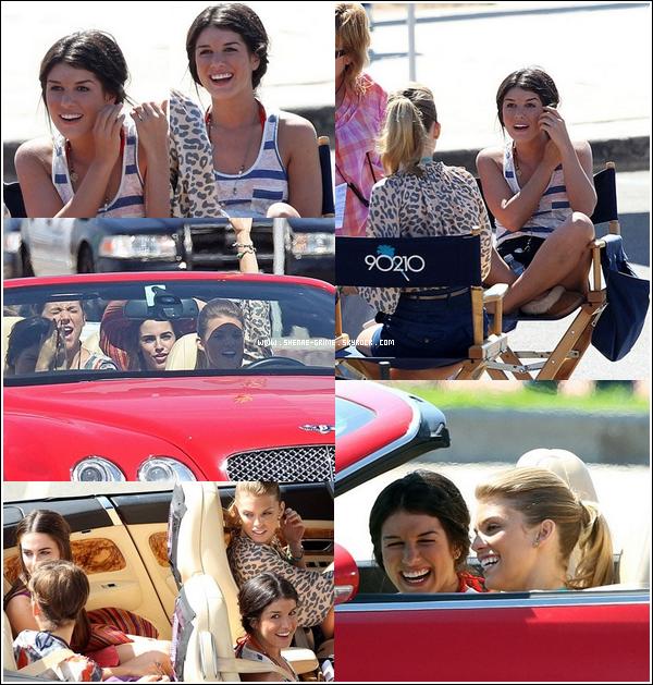 02.10.2010---Shenae sur le tournage de 90210 avec AnnaLynne, Jessica L. et Jessica S.
