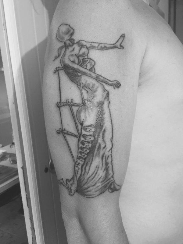 New tattoo...... La femme tiroir ?❤️