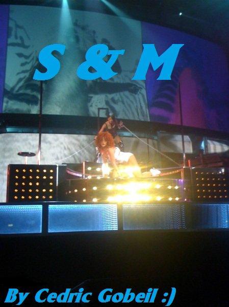 Rihanna LOUD TOUR