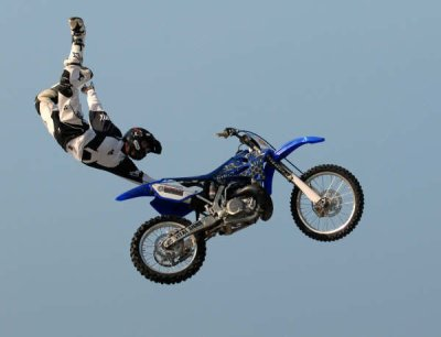 figure en moto cross