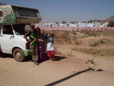 La famille en voyage...à Pushkar en Inde