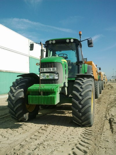 john deere 7430 avec benne tp orange