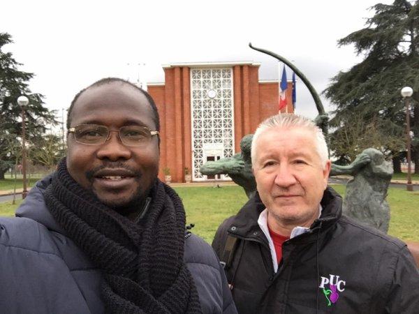 Avec Bernard H. à L'INSEP le SG de la section athlétisme du Paris université club