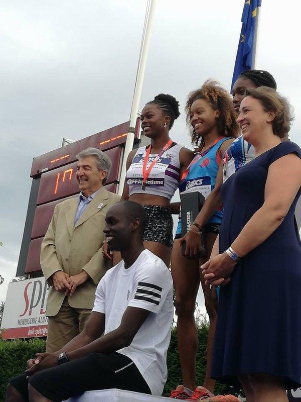 8-9 juillet 2017, championnats de France Espoirs nationaux à Albi, une équipe du PUC ( Paris université Club)avec 8 personnes,les collègues entraîneurs, les athletes,des retrouvailles avec des vieux amis , des médailles ( or sur 200 m Espoirs filles, argent sur 100m Espoirs filles et bronze sur 800m Espoirs filles ), donc que du bonheur ce week-end là !
