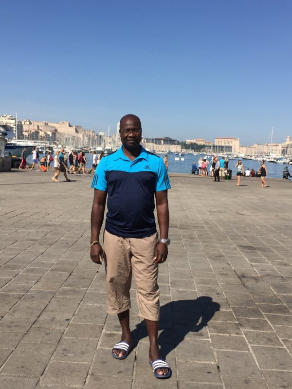 14-16 juillet 2017, championnats de France élites à Marseille avec une athlete qualifiée sur 100 et 200m. En dehors des hostilités de la compétition, petites promenades dans  Marseille !