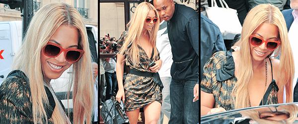 20/04/2011 - Jay Z et Beyoncé poursuive leurs voyage romantique à Paris pour fêter leurs quatre ans de mariage. S'accorder sur les emplois du temps ne doit pas être simple quand on forme l'un des couples stars de la planète. Mais quatre ans de mariage, cela se fête et ce n'est certainement pas Jay Z et Beyoncé qui nous dirons le contraire. Pour le prouver, ils se sont offert une petite virée parisienne en amoureux. Au programme, balade, visite, dîner en tête-à-tête, bref, le programme classique du séjour d'un couple in love. Hier, c'est une Beyoncé radieuse dans une robe bustier à fleurs qui devançait son Jay Z de mari à la sortie d'un hôtel (de luxe) situé rue de Rivoli. Le rappeur affichait quant à lui, une mine des mauvais jours. On imagine que le décalage horaire y est pour quelque chose. Le couple s'est ensuite dirigé vers l'avenue George V pour un dîner discret. Ce petit voyage intervient quelques jours à peine après la sortie du single de Beyoncé Girls who run the world et avant une tournée mondiale qui débutera en juin pour la chanteuse. L'album est quant à lui prévu pour cet été. Il fallait qu'elle se ménage un peu et qu'elle profite de son homme avant le grand rush de ces prochains mois.
