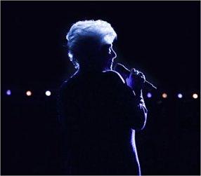 Line Renaud - Sortie du CD/DVD live de l'Olympia le 28 novembre prochain