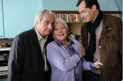"Line Renaud - Rediffusion de ""Petits Arrangements avec ma Mère"" TV5Monde 21h 27-11-2012"