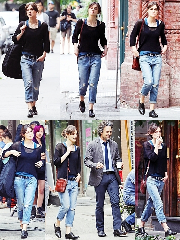 9 Juillet 2012 Keira toujours sur le tournage de 'Can A Song Save Your Life?' à New York City.