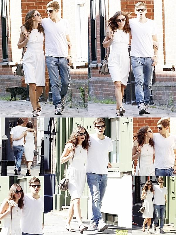 10 Juillet 2013 Keira et James ont été vu en train de se promener dans Brick Lane East à Londres.