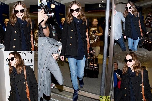 18 Janvier 2014 :  Après 3 jours de promotion pour ses deux films, Keira rentre chez elle à Londres.