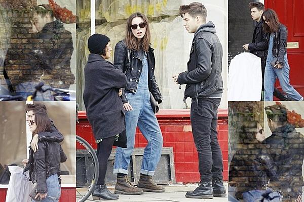 1 Février 2014 :  Keira et James sont allés au pressing à Londres.