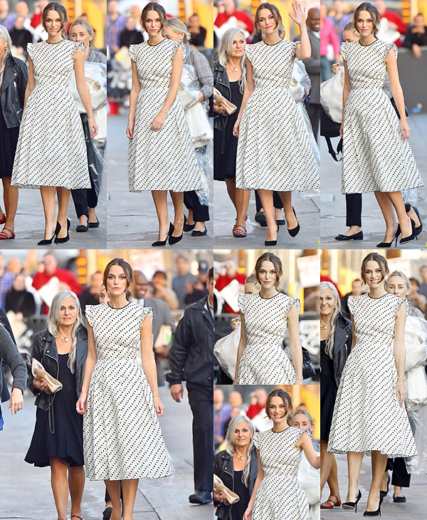 10 Novembre 2014 :  Keira arrive au Jimmy Kimmel Live! Elle était accompagnée de sa mère.