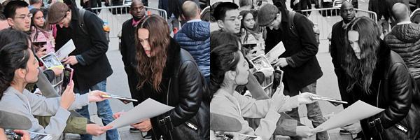 7 Octobre 2015 :  Keira et son mari, James, ont été aperçus main dans la main dans les rues de Manhattan .