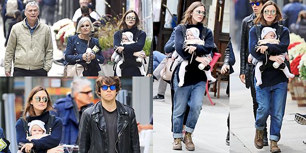 29 Octobre 2015 :  Keira  et James ont été aperçus dans les rues de NY