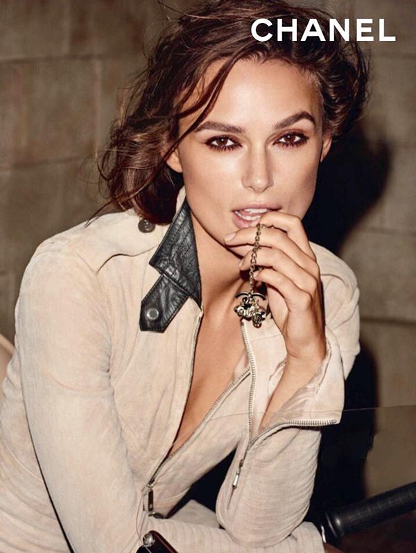 Chanel Un nouvelle photo promotionnelle du parfum Coco Mademoiselle est sortie ! Elle date de 2011.