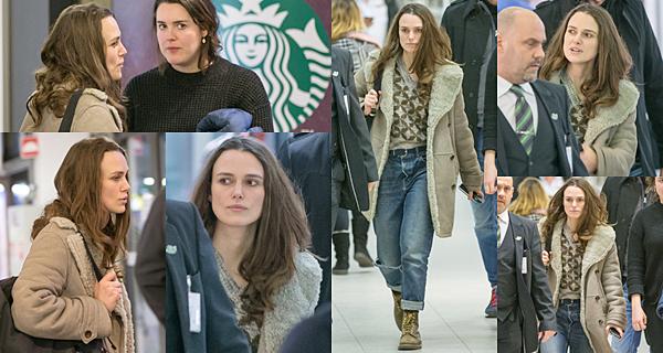 3 Mars 2017 Keira a été vue à l'aéroport de Berlin en Allemagne. Elle vient de terminer le tournage de The Aftermath.