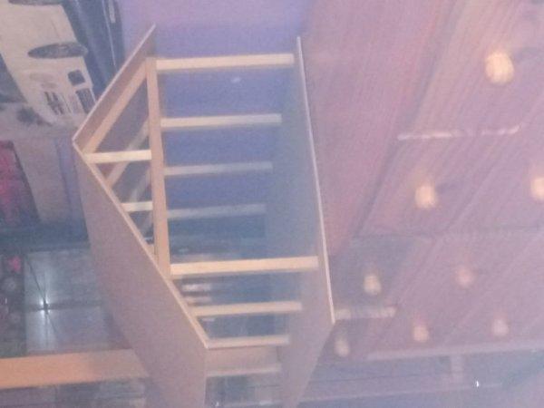 Création d'un hangar en bois