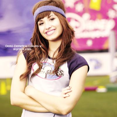 """Demi Lovato : """"Je ne fais pas du sport pour maigrir mais parce que ça me rend heureuse !"""""""