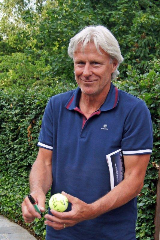 Dédicace et rencontre avec BJORN BORG, Considéré comme l'un des plus grands joueurs de tous les temps, il a remporté 11 tournois du Grand Chelem (dont six Roland Garros et cinq Wimbledon), ainsi que deux Masters.