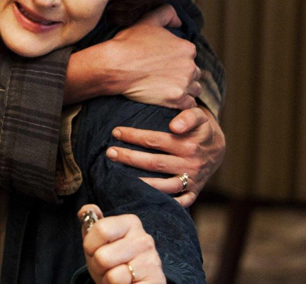 Je suis fier de posseder la bague de fiancaille et l'alliance de JULIA ROBERTS qu'elle porte dans OSAGE COUNTY, je porte son aliance tout les jours, pour le fun.