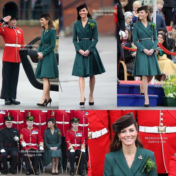 17 Mars 2012: Kate a assisté à parade de la Saint-Patrick à la base à Aldershot