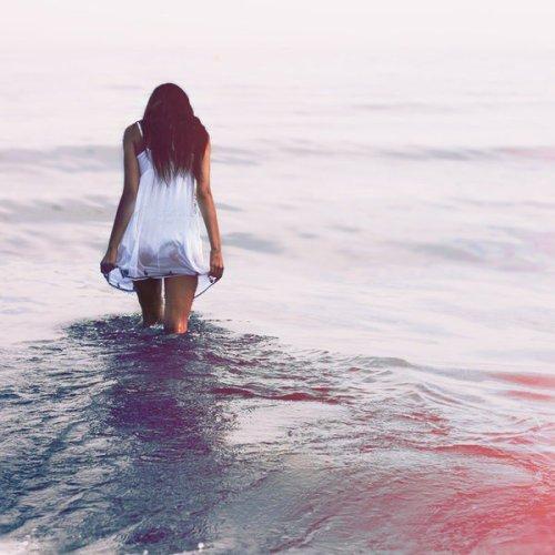 Le suicide est l'espoir de ceux qui n'en ont plus .