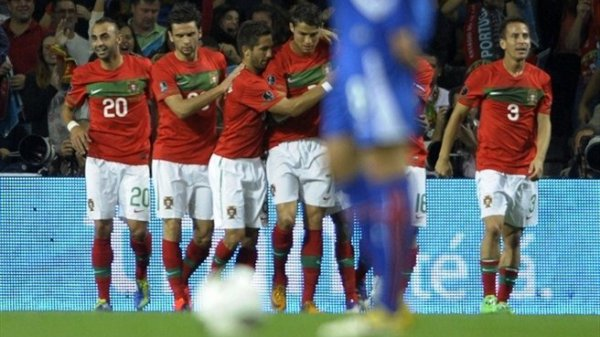 Qualification Euro 2012: Portugal 5-3 Islande