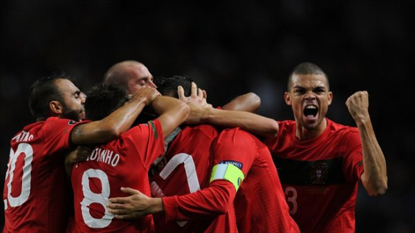 Qualification Euro 2012: Danemark 2-1 Portugal