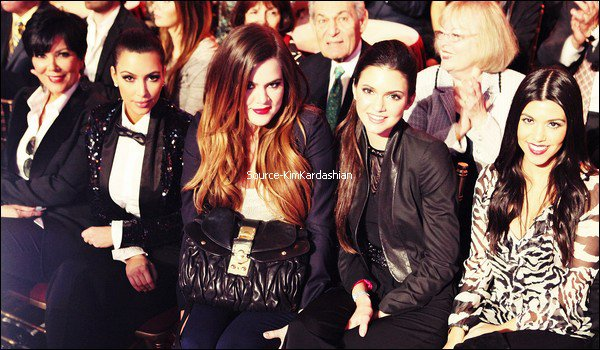 - 21.11.11 : Kim était sur le plateau de Dancing with the stars. -