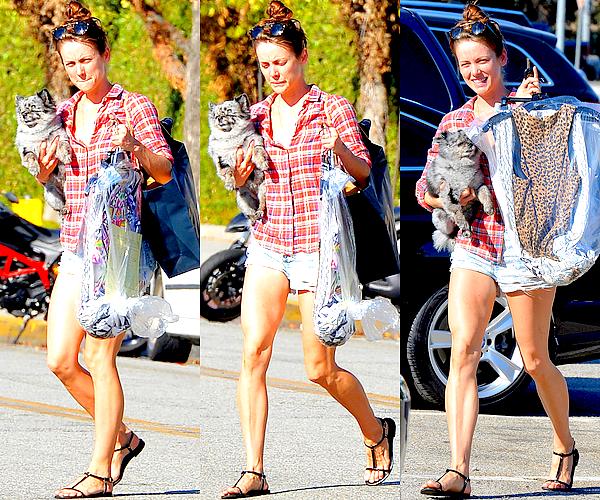 24/07 : Jessica a été aperçu sortant d'un pressing avec Willow dans les bras, à Los Angeles