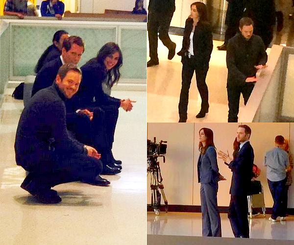22/09 : Jessica a été aperçu avec ses co-stars sur le tournage de la saison 3 de The Following Les photos ont été prises de loin par des fans ce qui explique la qualité. Si d'autres apparaissent, je les ajouterai à l'article.