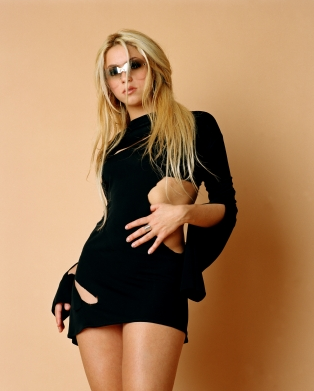 #Remember - Photoshoot de Shakira par Nick Baratta.