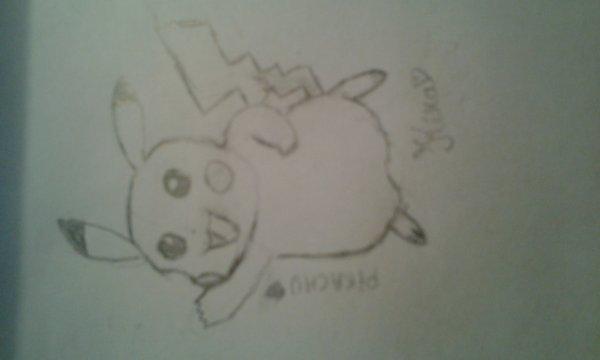 Deux dessins ^^ - Un personnage création  et... Pikachu ♥♥