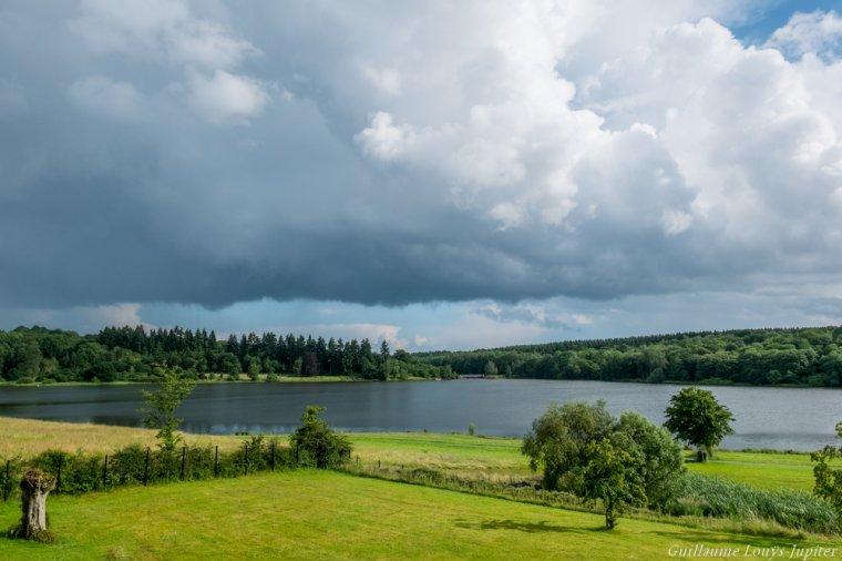 Jour d'orage sur le Val