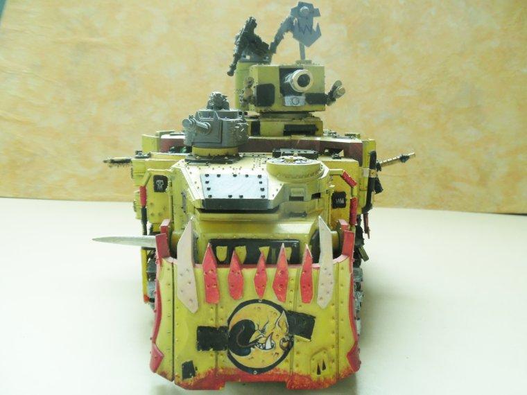Battlewagon du clan BAD MOON 1