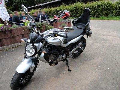 Suzuki : Bandit 1250S et Gladius 650 par Béa pour lorraineblog