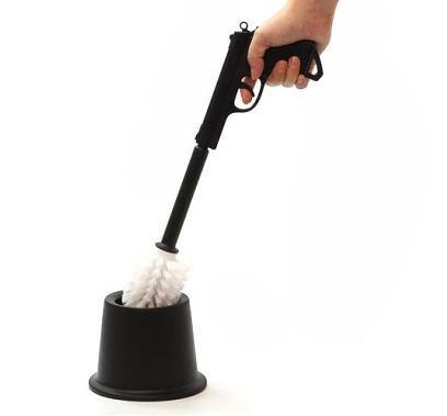 Une brosse pour les WC vu par Béa pour lorraineblog