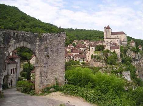 Saint-Cirq-Lapopie vu par Béa pour lorraineblog