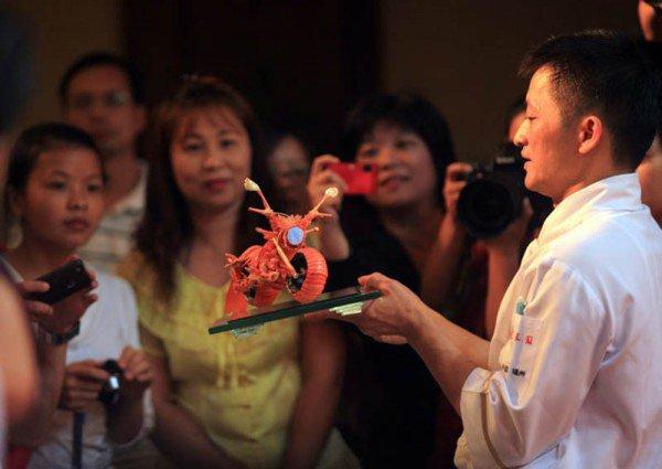 Moto et chef cuisinier vu par Béa pour lorraineblog