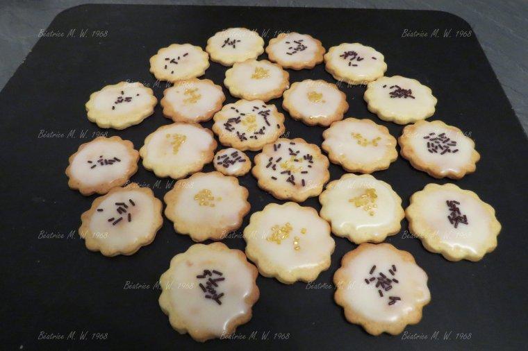 Bredele : Biscuits à la fleur d'oranger par Béa pour lorraineblog