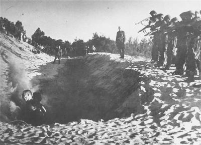 Les Einsatzgruppen  (2)