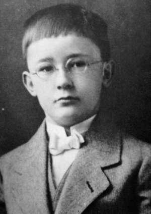 Personnage important du Putsch et du nazisme > Heinrich Himmler : Chef de la S.S et de toutes les polices du Reich.