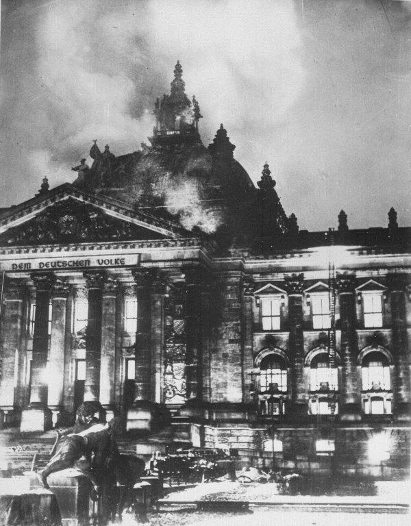 L'incendie du Reichstag.
