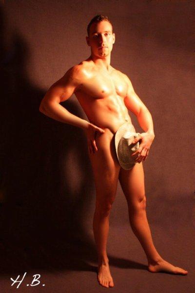 Bastien stripteaseur nord pas de calais belgique