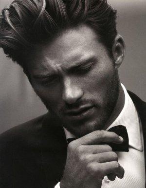 ღ . • ˚ ˚ •. ★ Coup de coeur ★ ˛ ˚ ˛ •. ღ pour Scott Eastwood